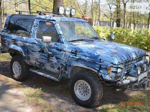 Синій Форд Бронко, об'ємом двигуна 2.9 л та пробігом 180 тис. км за 6000 $, фото 1 на Automoto.ua
