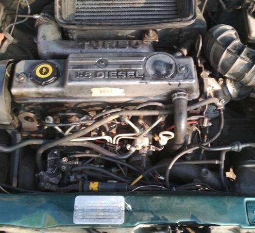Зеленый Форд Эскорт, объемом двигателя 1.8 л и пробегом 1 тыс. км за 2500 $, фото 1 на Automoto.ua