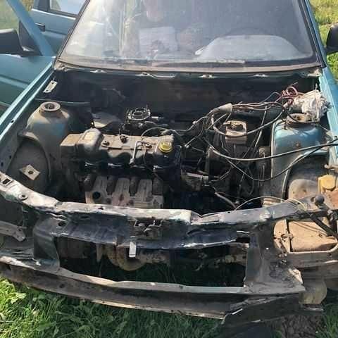Зеленый Форд Эскорт, объемом двигателя 14 л и пробегом 400 тыс. км за 253 $, фото 1 на Automoto.ua