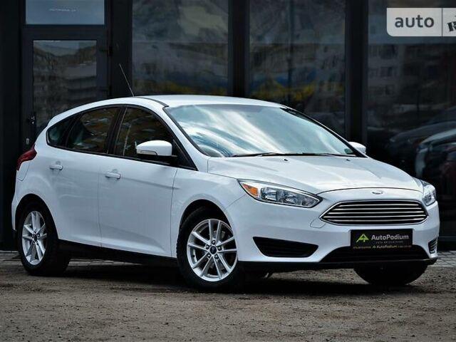 Белый Форд Фокус, объемом двигателя 2 л и пробегом 117 тыс. км за 9500 $, фото 1 на Automoto.ua