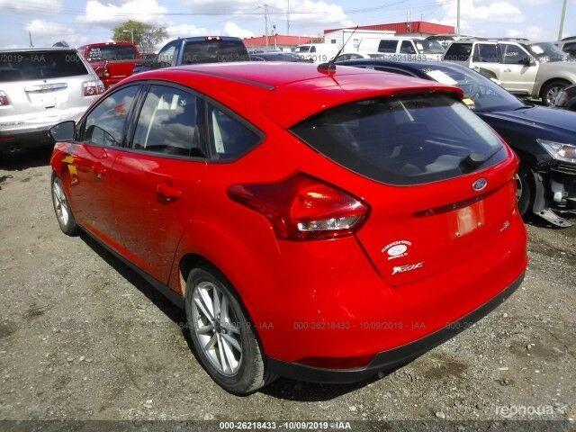 Красный Форд Фокус, объемом двигателя 2 л и пробегом 140 тыс. км за 6939 $, фото 1 на Automoto.ua