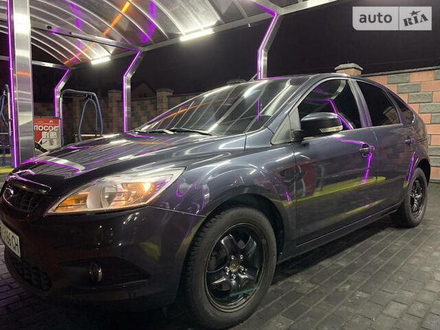 Серый Форд Фокус, объемом двигателя 1.6 л и пробегом 260 тыс. км за 6499 $, фото 1 на Automoto.ua
