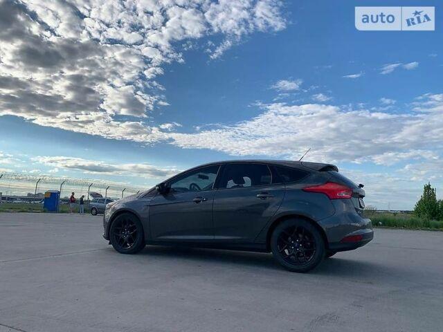 Серый Форд Фокус, объемом двигателя 2 л и пробегом 59 тыс. км за 11900 $, фото 1 на Automoto.ua