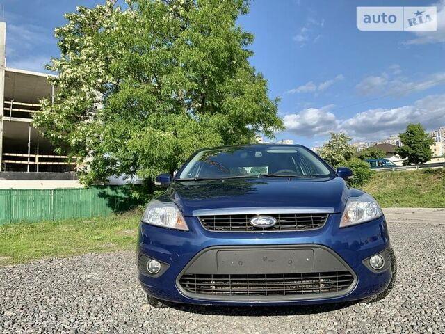 Синий Форд Фокус, объемом двигателя 1.6 л и пробегом 275 тыс. км за 5800 $, фото 1 на Automoto.ua