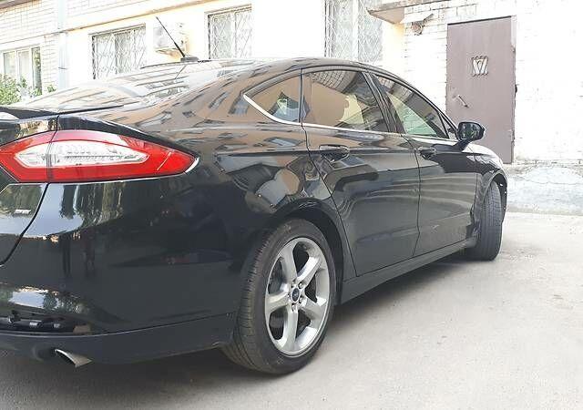 Черный Форд Фьюжн, объемом двигателя 2 л и пробегом 50 тыс. км за 15000 $, фото 1 на Automoto.ua