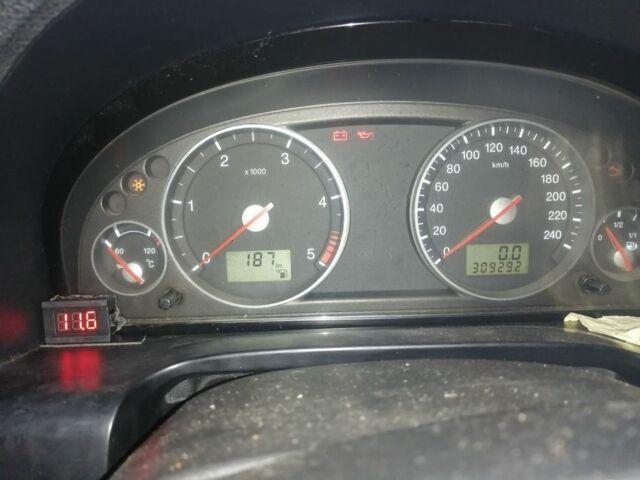 Черный Форд Мондео, объемом двигателя 2 л и пробегом 309 тыс. км за 3600 $, фото 1 на Automoto.ua