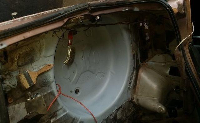 Бежевый Форд Скорпио, объемом двигателя 2 л и пробегом 1 тыс. км за 883 $, фото 1 на Automoto.ua