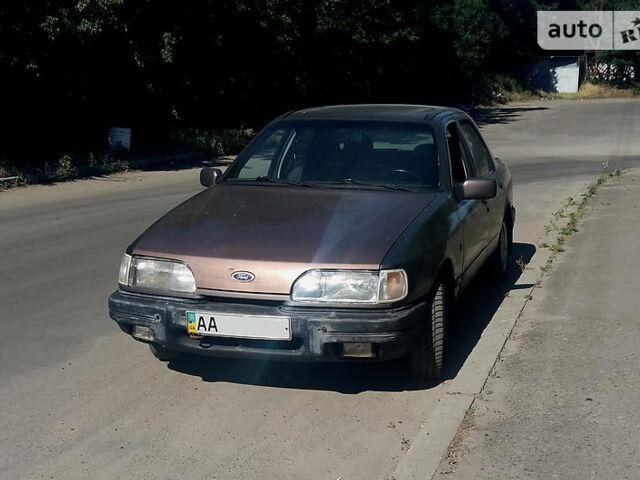 Бежевый Форд Сиерра, объемом двигателя 2 л и пробегом 500 тыс. км за 1350 $, фото 1 на Automoto.ua
