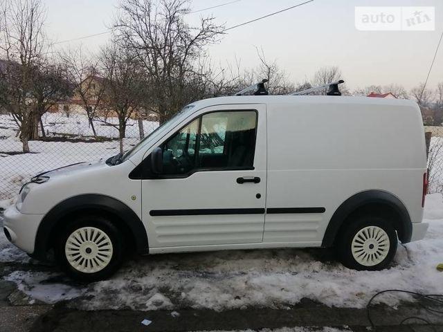 Белый Форд Транзит Коннект груз., объемом двигателя 1.8 л и пробегом 196 тыс. км за 5800 $, фото 1 на Automoto.ua