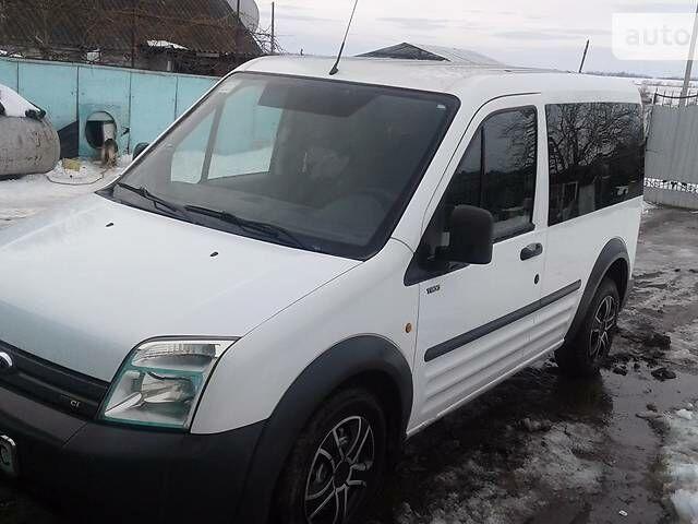 Белый Форд Транзит Коннект пасс., объемом двигателя 1.8 л и пробегом 157 тыс. км за 7600 $, фото 1 на Automoto.ua