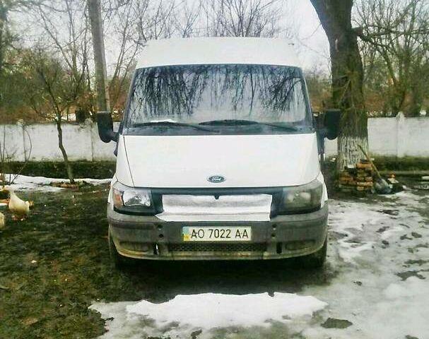 Белый Форд Транзит груз., объемом двигателя 2.4 л и пробегом 450 тыс. км за 4400 $, фото 1 на Automoto.ua