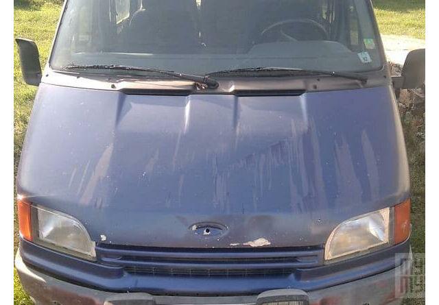 Синий Форд Транзит, объемом двигателя 2 л и пробегом 83 тыс. км за 1300 $, фото 1 на Automoto.ua
