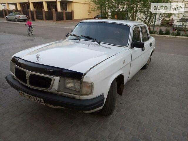 Белый ГАЗ 3110, объемом двигателя 2.4 л и пробегом 397 тыс. км за 1100 $, фото 1 на Automoto.ua