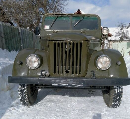 Зеленый ГАЗ 69, объемом двигателя 2.4 л и пробегом 80 тыс. км за 1500 $, фото 1 на Automoto.ua
