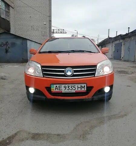Оранжевый Джили МК Кросс, объемом двигателя 1.5 л и пробегом 122 тыс. км за 4500 $, фото 1 на Automoto.ua