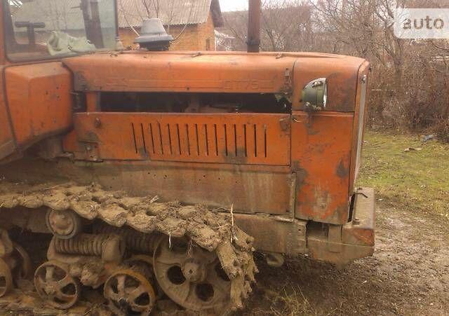 Червоний ХТЗ ДТ-74, об'ємом двигуна 1.8 л та пробігом 1 тис. км за 2000 $, фото 1 на Automoto.ua