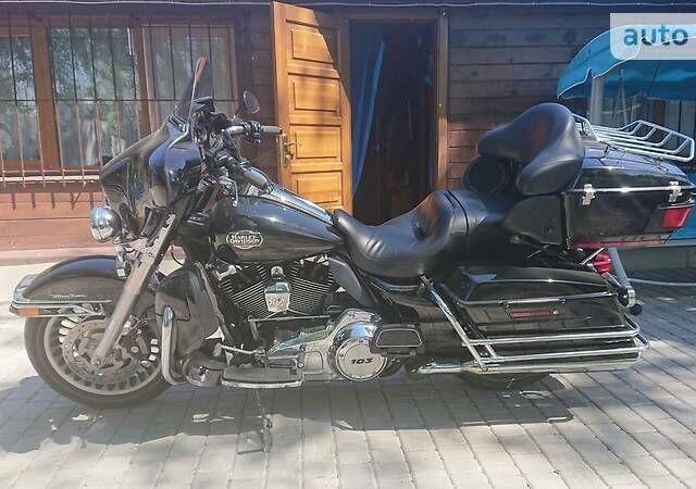 Черный Харлей-Дэвидсон Электра Глайд, объемом двигателя 1.7 л и пробегом 15 тыс. км за 16000 $, фото 1 на Automoto.ua