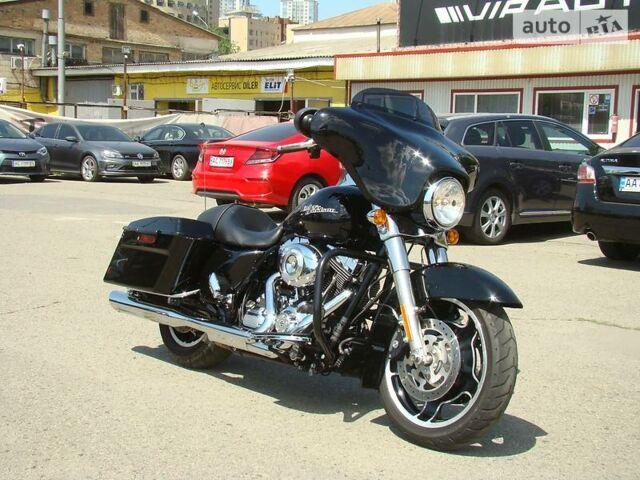 Чорний Харлей-Девідсон ФЛХКС, об'ємом двигуна 0 л та пробігом 17 тис. км за 16500 $, фото 1 на Automoto.ua
