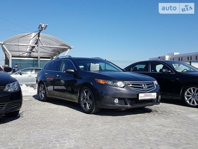 Коричневый Хонда Аккорд Турер, объемом двигателя 2.4 л и пробегом 120 тыс. км за 12900 $, фото 1 на Automoto.ua