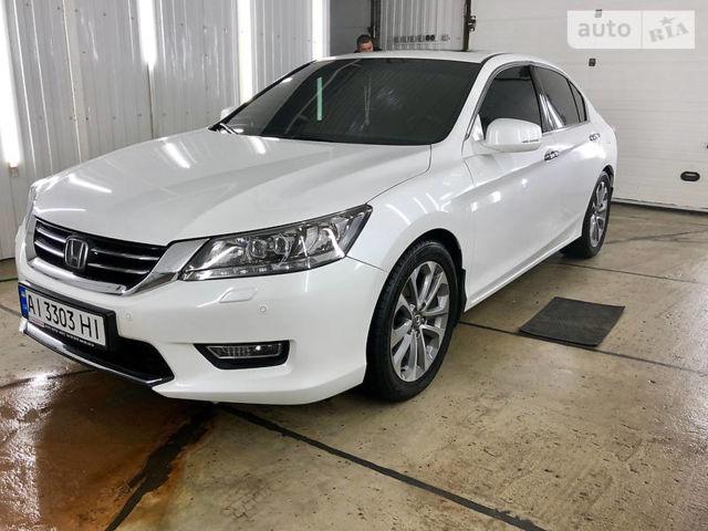 Белый Хонда Аккорд, объемом двигателя 3.5 л и пробегом 42 тыс. км за 25500 $, фото 1 на Automoto.ua