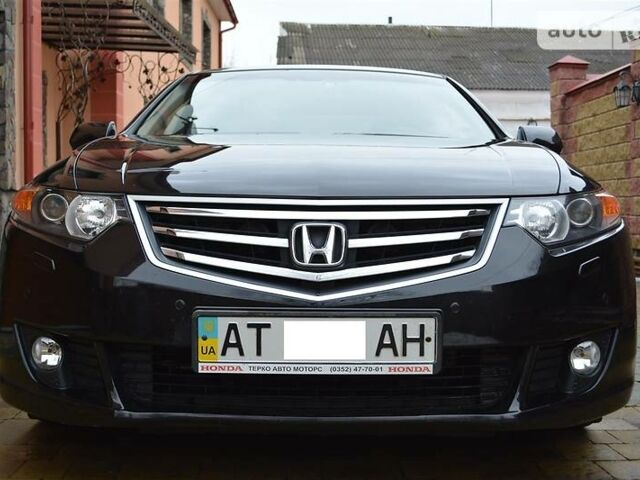 Чорний Хонда Аккорд, об'ємом двигуна 2 л та пробігом 110 тис. км за 14000 $, фото 1 на Automoto.ua