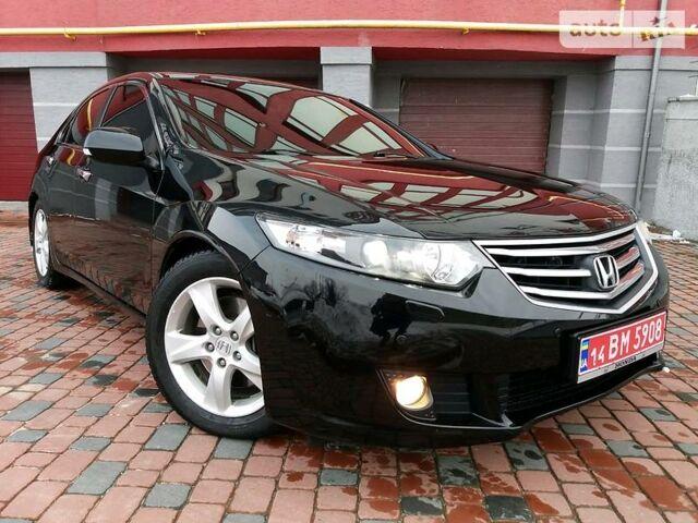 Черный Хонда Аккорд, объемом двигателя 2.4 л и пробегом 182 тыс. км за 13600 $, фото 1 на Automoto.ua