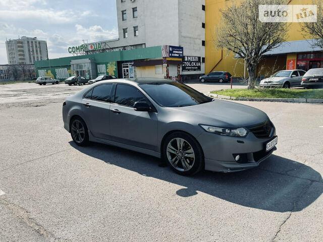 Серый Хонда Аккорд, объемом двигателя 2.4 л и пробегом 210 тыс. км за 12900 $, фото 1 на Automoto.ua