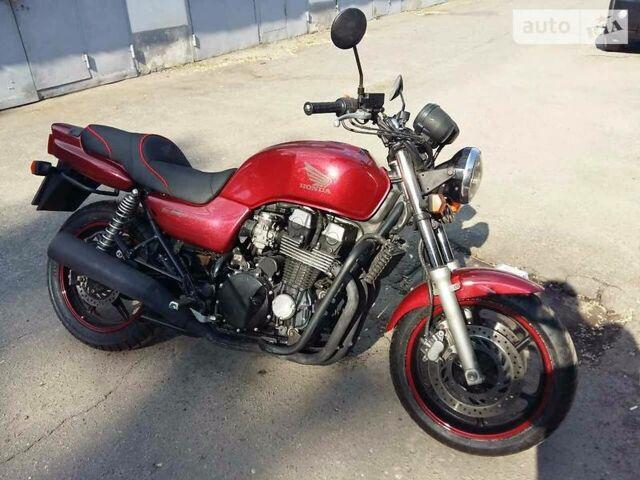 Красный Хонда ЦБ, объемом двигателя 0.75 л и пробегом 36 тыс. км за 3550 $, фото 1 на Automoto.ua