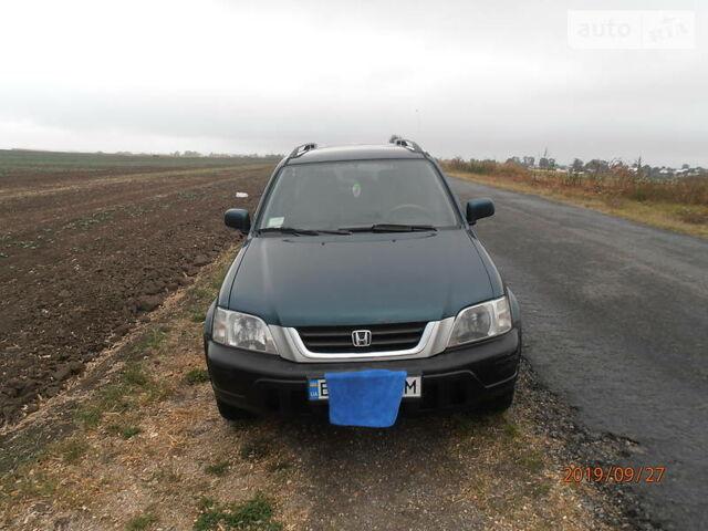 Зеленый Хонда СРВ, объемом двигателя 2 л и пробегом 350 тыс. км за 4300 $, фото 1 на Automoto.ua