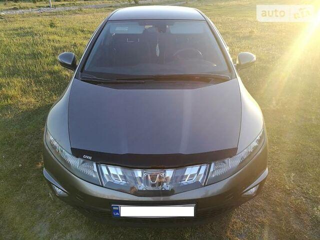 Асфальт Хонда Сівік, об'ємом двигуна 1.8 л та пробігом 139 тис. км за 9200 $, фото 1 на Automoto.ua