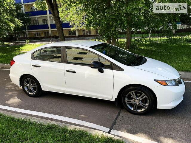 Белый Хонда Цивик, объемом двигателя 1.8 л и пробегом 114 тыс. км за 9200 $, фото 1 на Automoto.ua