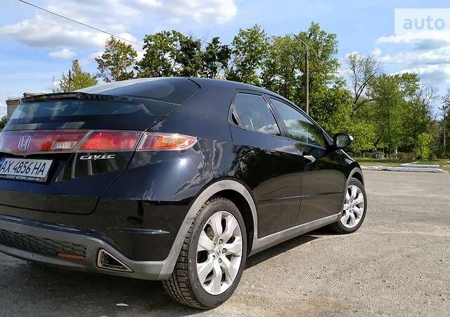 Черный Хонда Цивик, объемом двигателя 1.8 л и пробегом 143 тыс. км за 7500 $, фото 1 на Automoto.ua