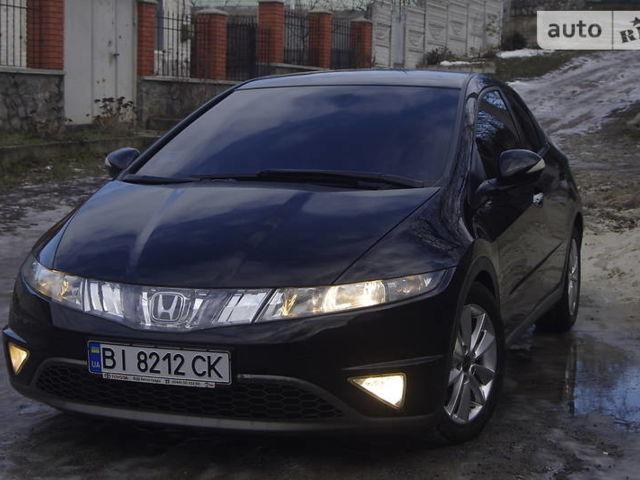 Черный Хонда Цивик, объемом двигателя 1.8 л и пробегом 148 тыс. км за 8700 $, фото 1 на Automoto.ua