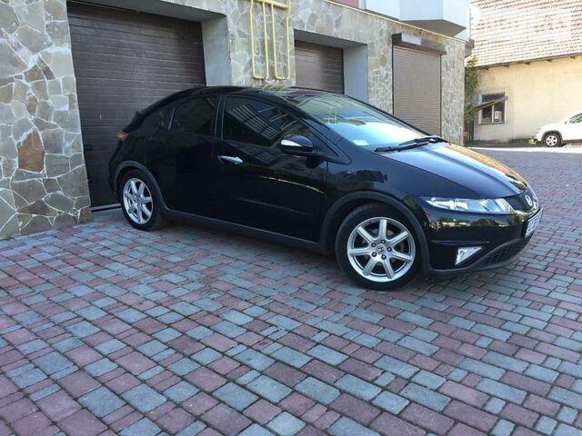 Чорний Хонда Сівік, об'ємом двигуна 1.8 л та пробігом 120 тис. км за 9900 $, фото 1 на Automoto.ua