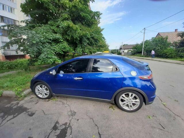 Синий Хонда Цивик, объемом двигателя 1.8 л и пробегом 128 тыс. км за 8900 $, фото 1 на Automoto.ua