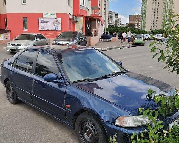 Синий Хонда Цивик, объемом двигателя 1.5 л и пробегом 300 тыс. км за 1999 $, фото 1 на Automoto.ua