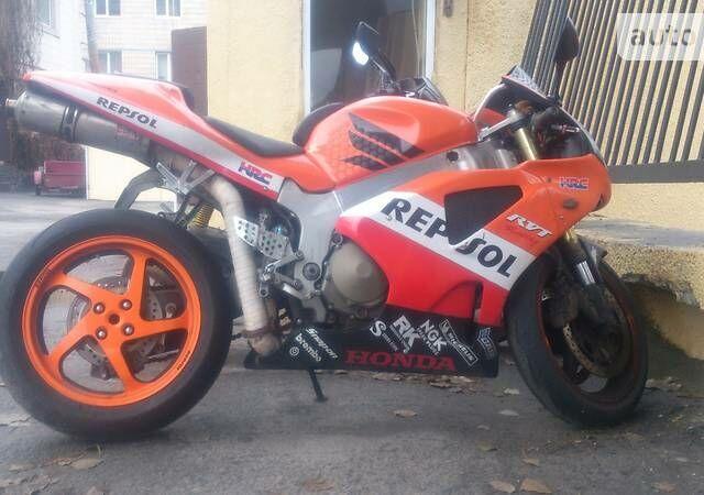 Оранжевый Хонда ВТР, объемом двигателя 1 л и пробегом 18 тыс. км за 3000 $, фото 1 на Automoto.ua