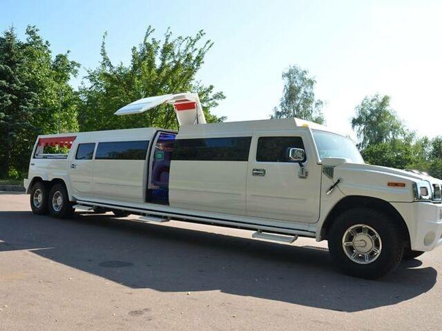 Белый Хаммер Хаммер, объемом двигателя 6 л и пробегом 110 тыс. км за 59999 $, фото 1 на Automoto.ua
