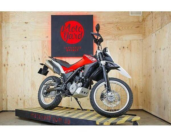 Красный Хускварна ТР, объемом двигателя 0.65 л и пробегом 10 тыс. км за 7300 $, фото 1 на Automoto.ua