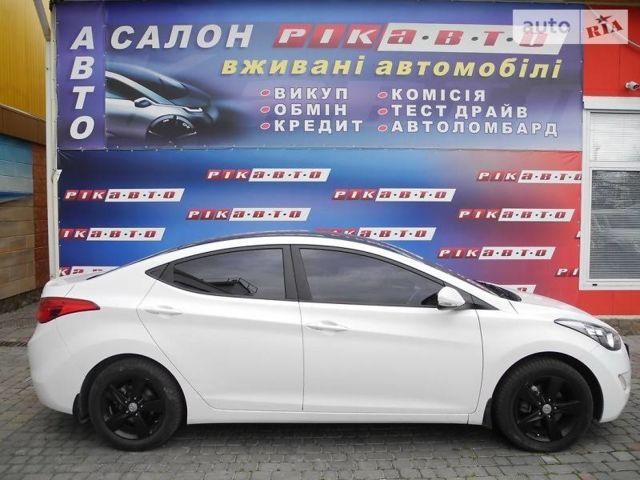 Белый Хендай Элантра, объемом двигателя 1.8 л и пробегом 64 тыс. км за 11900 $, фото 1 на Automoto.ua