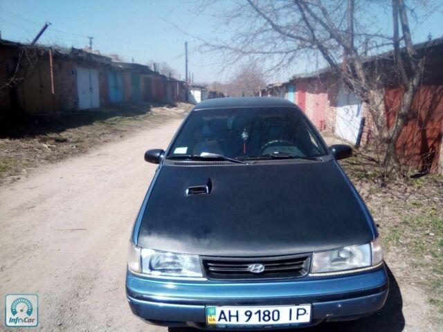 Синий Хендай Пони, объемом двигателя 1.4 л и пробегом 300 тыс. км за 1900 $, фото 1 на Automoto.ua