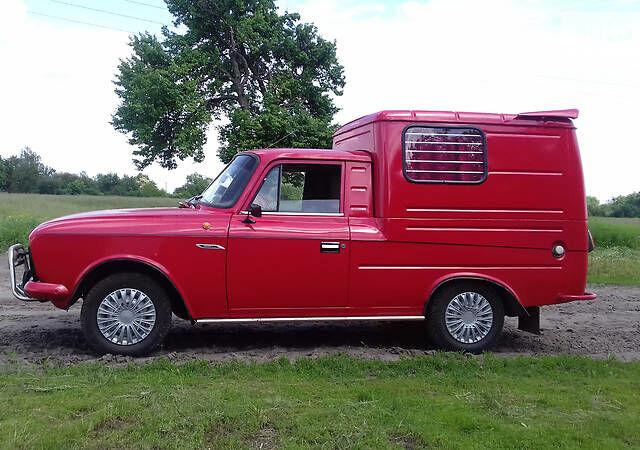 Красный ИЖ 2715, объемом двигателя 1.5 л и пробегом 100 тыс. км за 1000 $, фото 1 на Automoto.ua