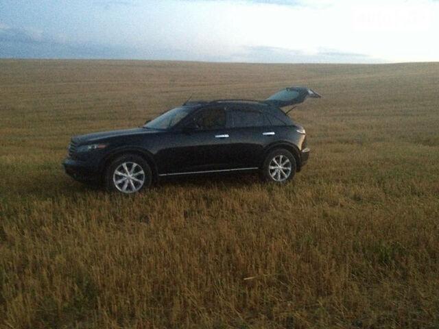 Черный Инфинити ФХ, объемом двигателя 3.5 л и пробегом 95 тыс. км за 15500 $, фото 1 на Automoto.ua