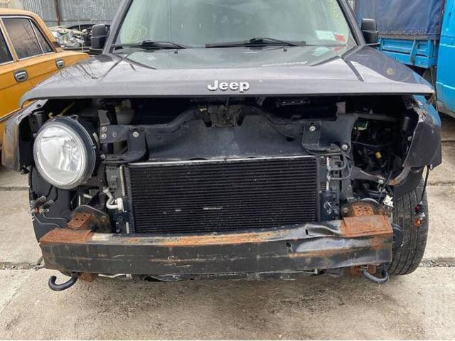 Серый Джип Патриот, объемом двигателя 2.4 л и пробегом 110 тыс. км за 7000 $, фото 1 на Automoto.ua
