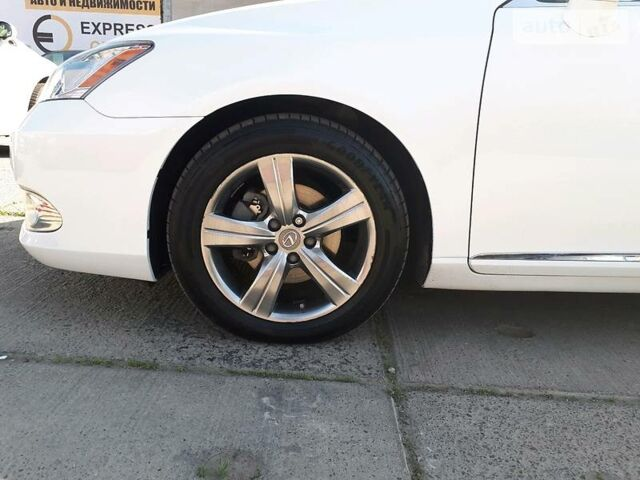 Білий Лексус ЕС, об'ємом двигуна 3.5 л та пробігом 53 тис. км за 23499 $, фото 1 на Automoto.ua