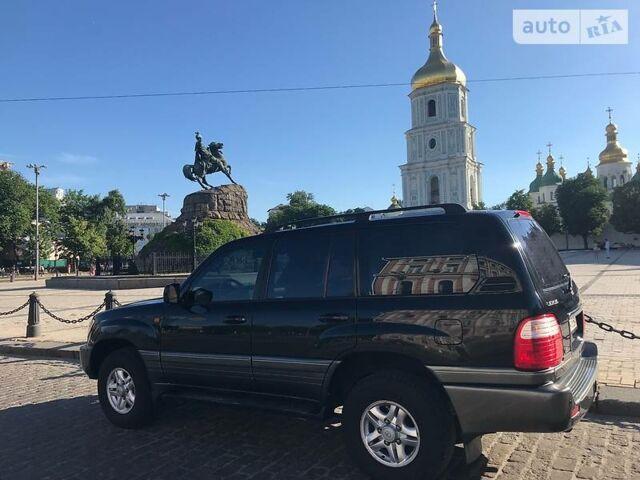 Черный Лексус ЛХ, объемом двигателя 4.7 л и пробегом 290 тыс. км за 15499 $, фото 1 на Automoto.ua