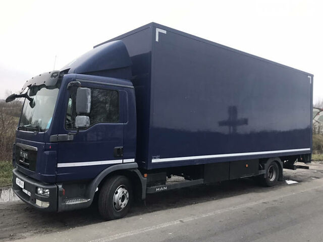 Синий МАН 8.180, объемом двигателя 4.6 л и пробегом 540 тыс. км за 24999 $, фото 1 на Automoto.ua
