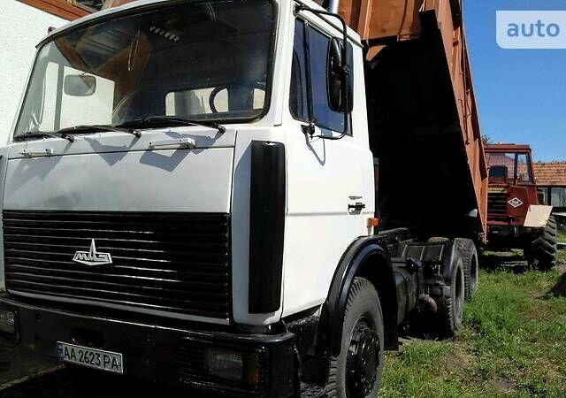 Белый МАЗ 551605, объемом двигателя 12 л и пробегом 117 тыс. км за 19999 $, фото 1 на Automoto.ua