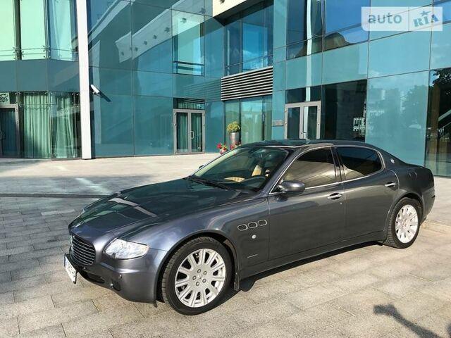 Сірий Мазераті Quattroporte, об'ємом двигуна 4.2 л та пробігом 37 тис. км за 19999 $, фото 1 на Automoto.ua