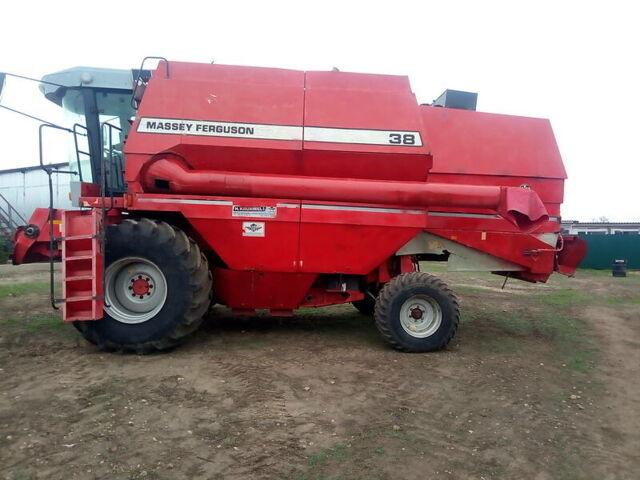 Красный Массей Фергюсон 38, объемом двигателя 0 л и пробегом 100 тыс. км за 25000 $, фото 1 на Automoto.ua